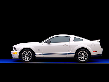 MST 03 RK0148 01 © Kimball Stock 2007 Ford Shelby GT500 White Blue Stripes Profile Studio