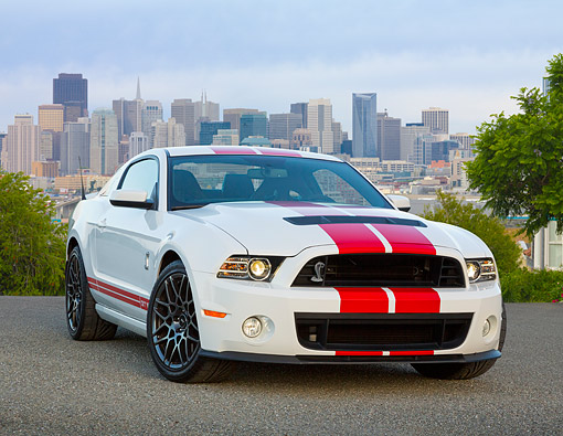 MST 04 RK0048 01 © Kimball Stock 2013 Ford Mustang Shelby GT500 White With Red Stripes 3/4 Front View On Pavement By Skyline