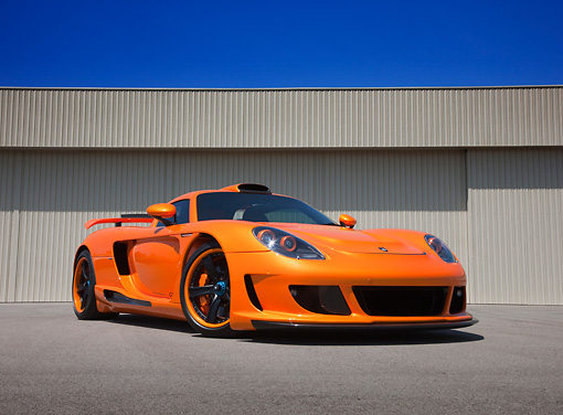 POR 04 RK0835 01 © Kimball Stock 2008 Porsche Gemballa Mirage GT Orange 3/4 Front View On Pavement