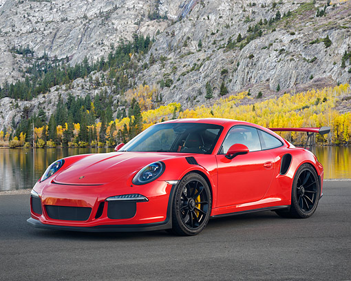 POR 04 RK0992 01 © Kimball Stock 2016 Porsche 911 GT3 RS Red 3/4 Front View By Lake And Mountain