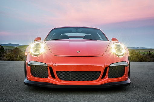 POR 04 RK0995 01 © Kimball Stock 2016 Porsche 911 GT3 RS Red Front View By Hills