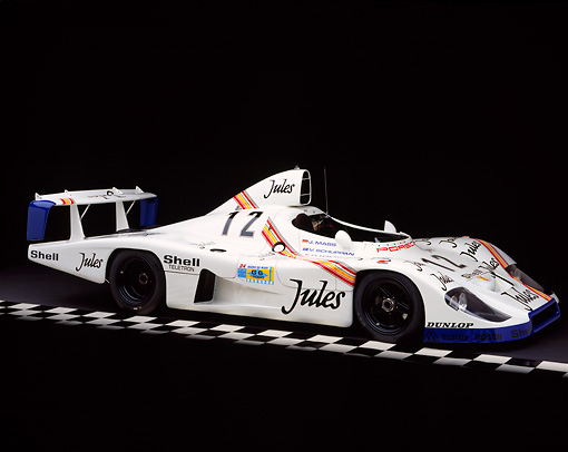 POR 27 RK0025 03 © Kimball Stock 1976 Jules Porsche Race Car 3/4 Front View On Checkered Line Studio