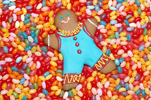 PUZ 01 RK0004 01 © Kimball Stock Gingerbread Man On Jellybeans