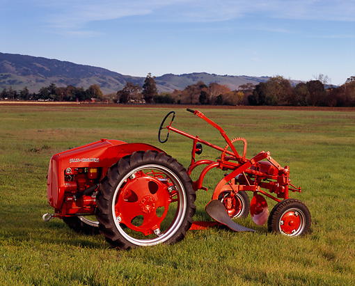 TRA 01 RK0025 01 © Kimball Stock 1948 Allis-Chalmers Model