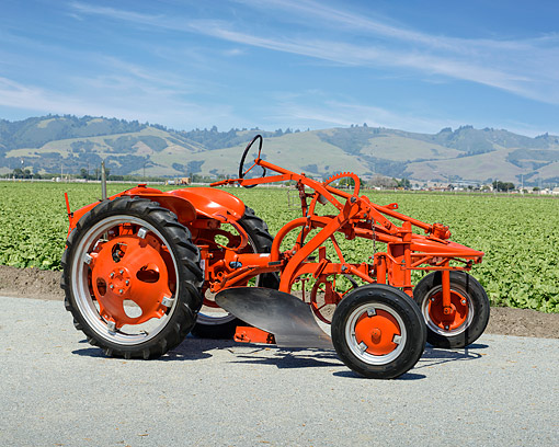 TRA 01 RK0386 01 © Kimball Stock 1951 Allis-Chalmers G Profile View On Farm