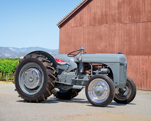 TRA 01 RK0417 01 © Kimball Stock 1942 Ford 2N Tractor Gray 3/4 Front View By Farm