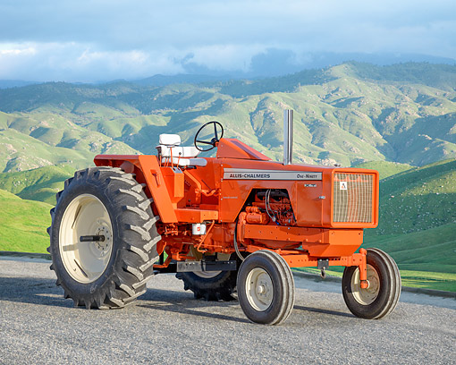 TRA 01 RK0438 01 © Kimball Stock 1965 Allis-Chalmers 190XT Tractor Orange By Hills