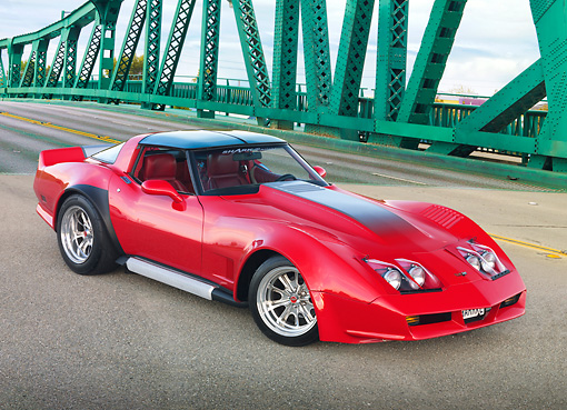 VET 01 RK1018 01 © Kimball Stock 1982 Don Harr Chevrolet Corvette Red 3/4 Front View On Green Bridge