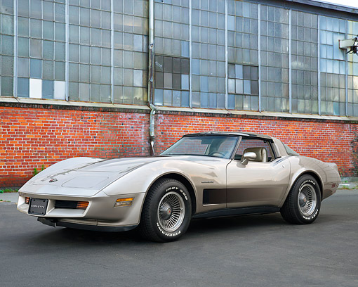VET 01 RK1138 01 © Kimball Stock 1982 Chevrolet Corvette Collector's Edition Cross-Fire Injection Coupe Silver 3/4 Front View By Building