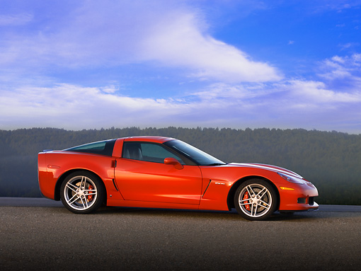 VET 01 RK0762 01 © Kimball Stock 2007 Chevrolet Corvette Z06 Red 3/4 Front View On Pavement