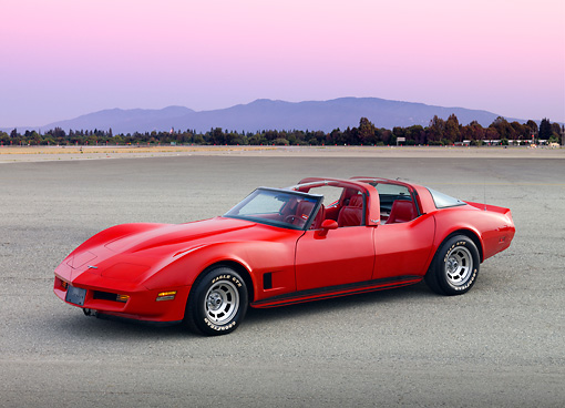 VET 01 RK0898 01 © Kimball Stock 1980 1 Of 6 4-Door Chevrolet Corvette America Red 3/4 Front View On Pavement