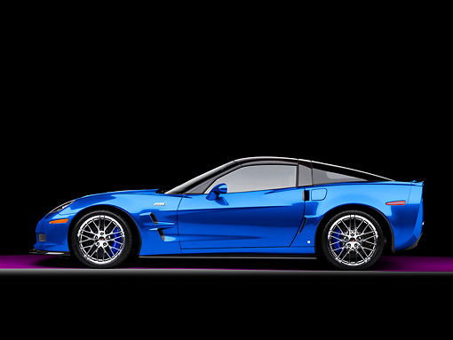 VET 01 RK0917 01 © Kimball Stock 2009 Chevrolet Corvette ZR1 Blue Profile View Studio