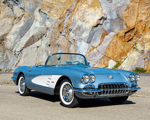 VET 02 RK0400 01 © Kimball Stock 1959 Chevrolet Corvette Convertible Frost Blue With White Cove 3/4 Front View On Pavement By Mountainside