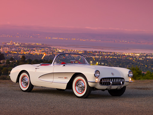VET 02 RK0300 01 © Kimball Stock 1957 Chevrolet Corvette Convertible White And Silver 3/4 Front View On Pavement