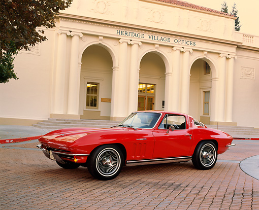 VET 03 RK0321 07 © Kimball Stock 1965 Chevrolet Corvette Coupe Fuel Injected Red 3/4 Side View By Building