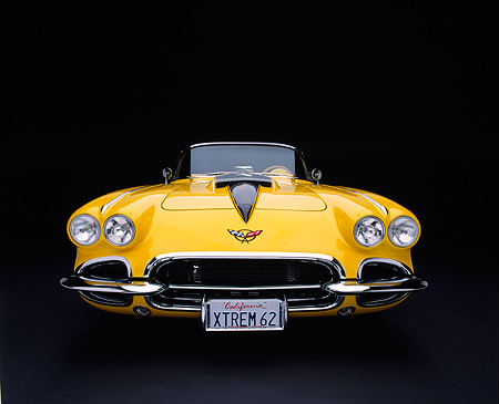 VET 03 RK0381 01 © Kimball Stock 1962 Extreme Chevy Corvette Convertible Low Wide Angle Head On Studio
