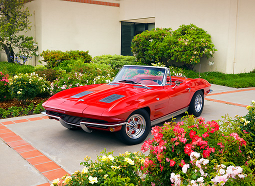VET 03 RK0549 01 © Kimball Stock 1963 Chevrolet Corvette Sting Ray Convertible Red 3/4 Front View By Building