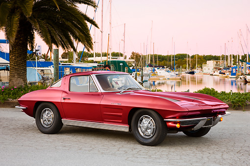 VET 03 RK0556 01 © Kimball Stock 1963 Chevrolet Corvette Sting Ray Coupe Red 3/4 Front View By Marina