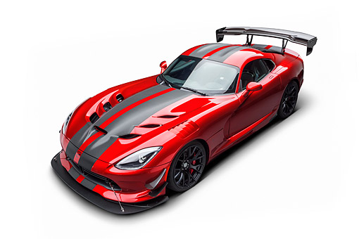 VIP 01 BK0072 01 © Kimball Stock 2016 Dodge Viper ACR Coupe Extreme Aero Package Handcrafted Supercar 3/4 Front View In Studio