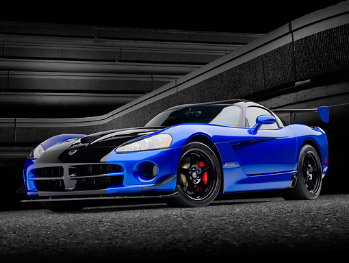 VIP 01 RK0333 01 © Kimball Stock 2010 Dodge Viper ACR Blue With Black Stripe 3/4 Front View Against Concrete