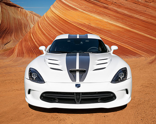 VIP 01 RK0339 01 © Kimball Stock 2013 Dodge Viper SRT White With Black Stripe Front View On Sand By Red Rock