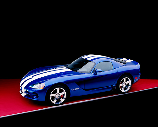 VIP 01 RK0240 07 © Kimball Stock 2006 Dodge Viper SRT/10 Blue With White Stripes Overhead 3/4 Front View Studio