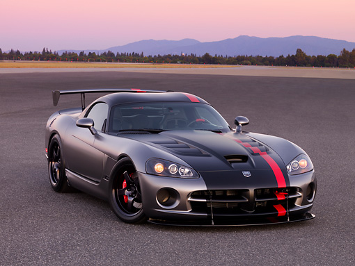 VIP 01 RK0285 01 © Kimball Stock Dodge Viper SRT-10 Concept Mopar Gray And Black 3/4 Front View On Pavement