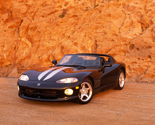 VIP 02 RK0155 04 © Kimball Stock 1996 Dodge Viper RT/10 Black Silver Stripe 3/4 Front View On Sand