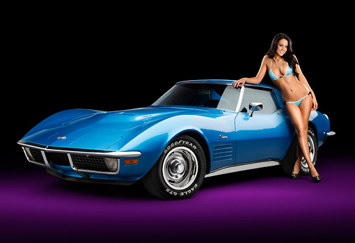 WMN 03 RK0304 01 © Kimball Stock 1971 Chevrolet Corvette Stingray 454 Blue 3/4 Front View In Studio With Swimsuit Model