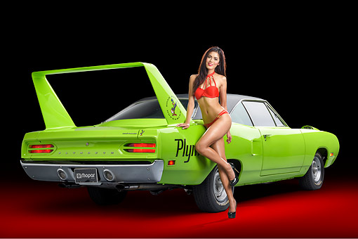 WMN 03 RK0397 01 © Kimball Stock 1970 Plymouth Road Runner Superbird Sublime Green 3/4 Rear View In Studio With Model